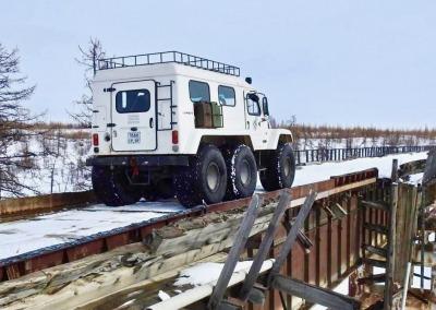 Overland across Yamal